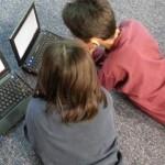 dzieci-komputer-700x342